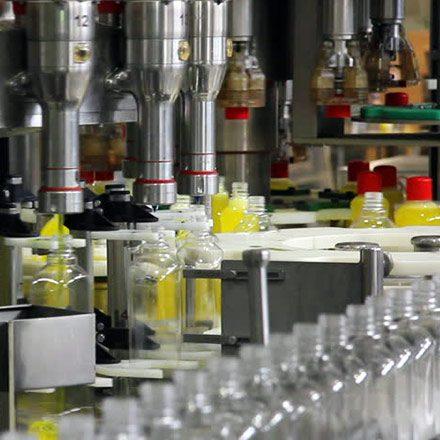 جهت جداسازی ذرات چربی و معلق نگه داشتن آنها، جلو گیری از خوردگی و به طورکلی این ماده به عنوان محلول بافر کاربرد دارد و به عنوان واحد سازنده در صابونها استفاده میشوند.
